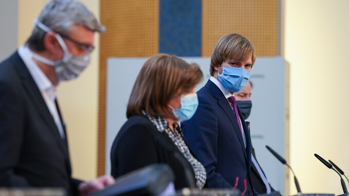 Ministr zdravotnictví Adam Vojtěch po jednání vlády.