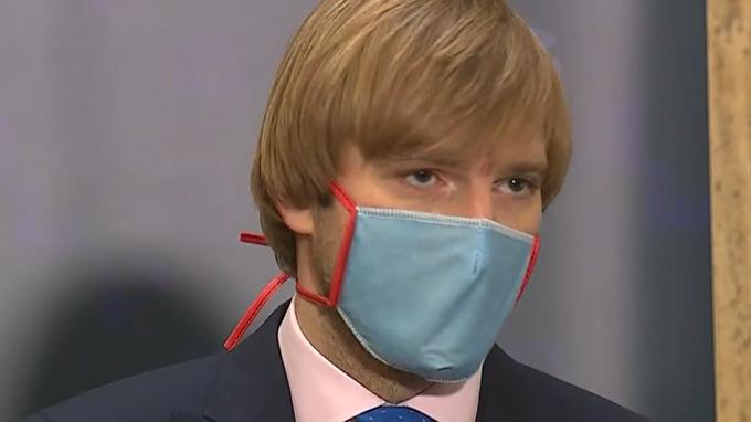 Adam Vojtěch – ministr zdravotnictví.