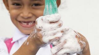 Koronavirus má už přes 300 dětí.