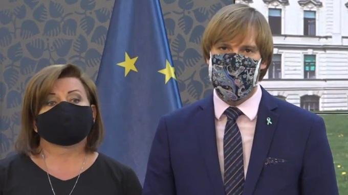 Alena Schillerová a Adam Vojtěch