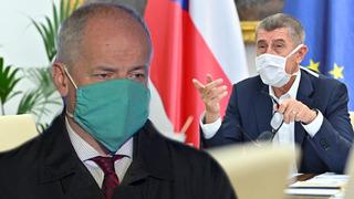 Roman Prymula a premiér Andrej Babiš.