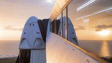Společnost Space X vyslala do vesmíru plavidlo Crew Dragon.