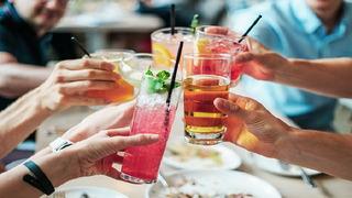Alkohol může být pro člověka velmi nebezpečný.