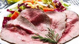 Rostbíf je způsob úpravy hovězího masa, který je charakteristický pro anglickou kuchyni.