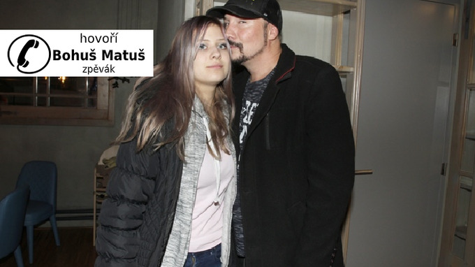Zpěvák pro ŽvČ potvrdil těhotenství partnerky.
