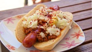Hot dog je populární jídlo