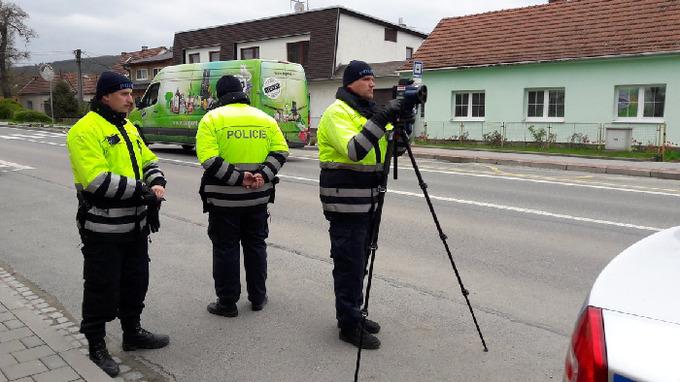 V pátek se policisté zaměří na dodržování předepsané rychlosti.