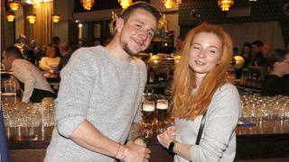 Jakub Štáfek a jeho krásná partnerka Dominika.