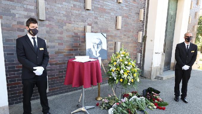 Česko se rozloučilo s Milošem Nesvatbou