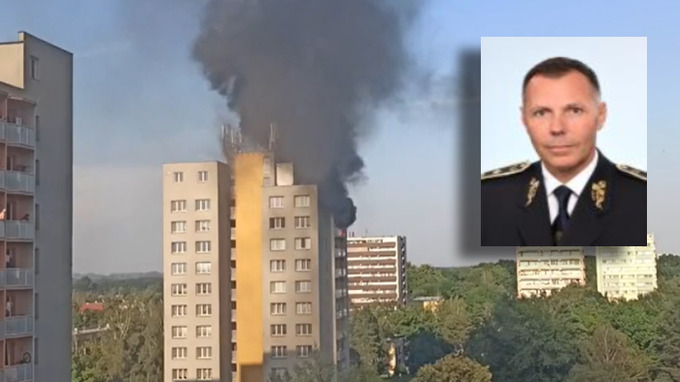 Moravskoslezský policejní ředitel Tomáš Kužel potvrdil, že policie zadržela jednoho muže.