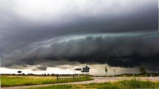V sobotu meteorologové očekávají bouřky.