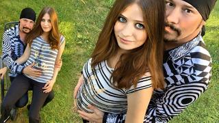 Bohuš a jeho těhotná partnerka Lucie.