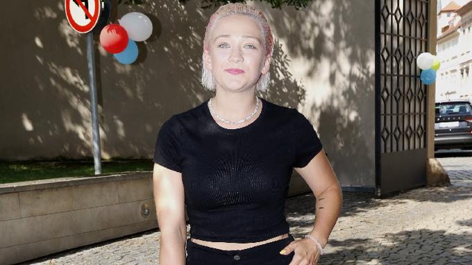 Zpěvačka Tereza Mašková se vrací k blond barvě vlasů.