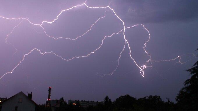 Bouřky udeřily v Česku.