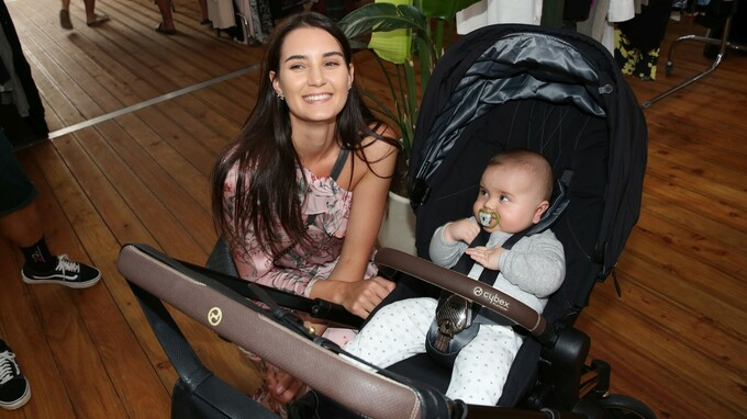 Kristýna Schicková se svým rozkošným synem.