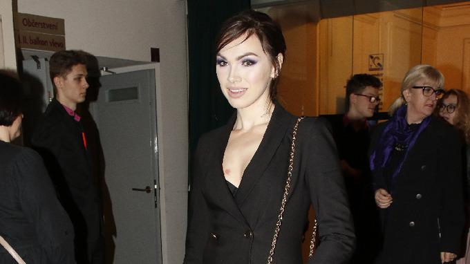 Kamila Nývltová vyrostla do pořádné krásy