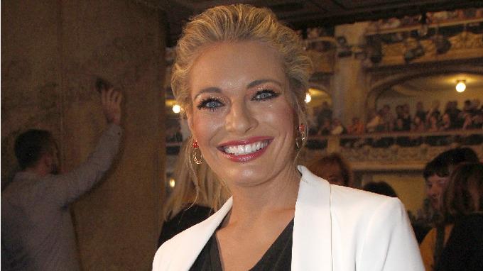 Lucie Borhyová je jednou z nejpůvabnějších televizních moderátorek