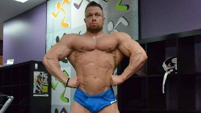 Filip se netají užíváním anabolických steroidů