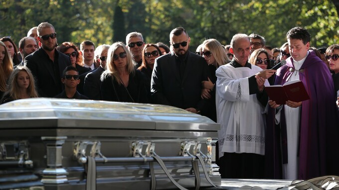 Pohřeb Jana Kočky mladšího v pražském kostele Nejsvětějšího srdce Páně