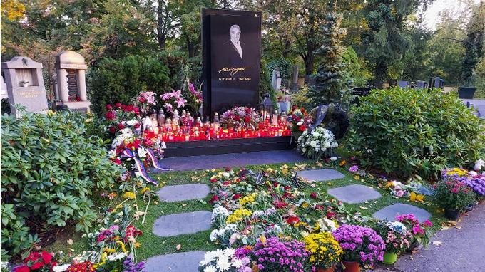 První kroky Ivany po nemoci směřovaly na hrob manžela