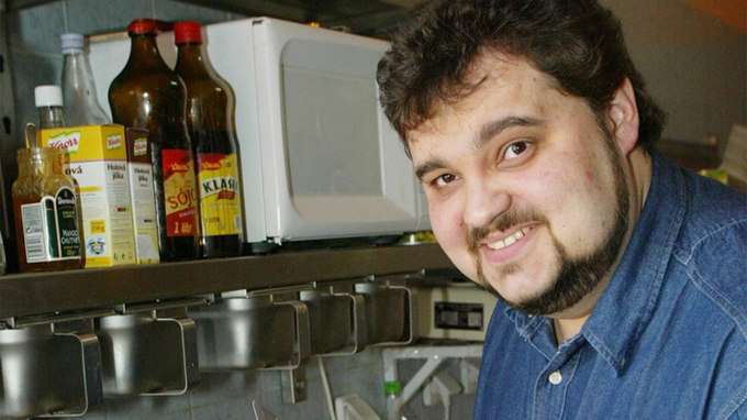Zemřel moderátor Daniel Kopál