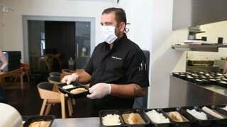 Radek Kašpárek vidí otevření restaurace Field v nedohlednu