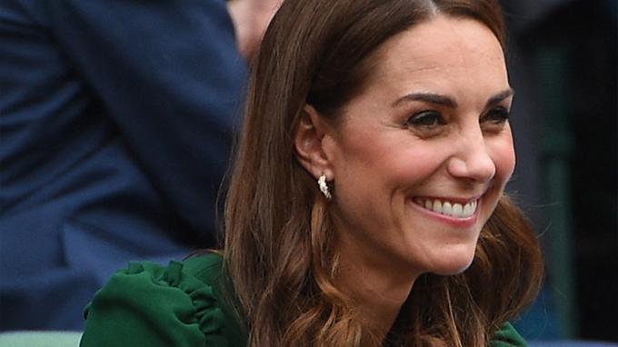 Vévodkyně Kate je přirovnávána k princezně Dianě