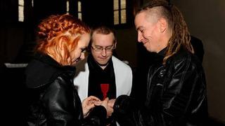 Ivan si svou manželku bral 17. listopadu 2015