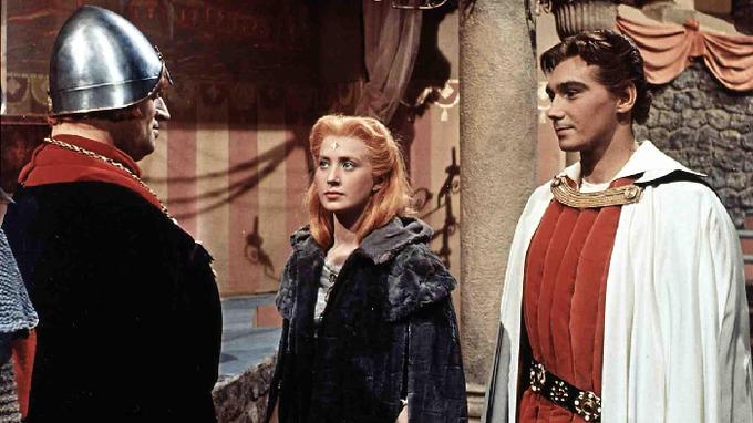 Josef Zíma (vpravo) si zahrál ve slavné pohádce
