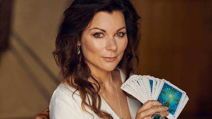 Helen Stanku je známá kartářka