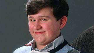 Harry Melling si zahrál protivu Dudleyho Dursleyho v Harry Potterovi