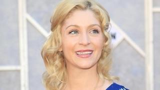 Staci Keananová ztvárnila Danu v seriálu Krok za krokem