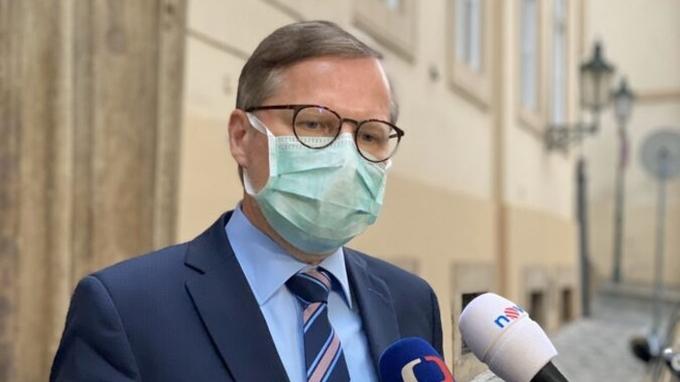 Petr Fiala kritizuje chování státu vůči medikům