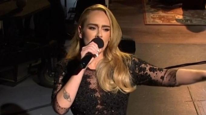 Adele se změnila k nepoznání