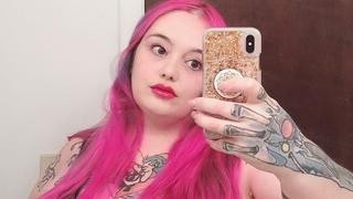 Lilith se blíží váze 200 kilogramů a hájí obézní lidi