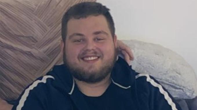 22letému mladíkovi se podařilo zhubnout přes 100 kilogramů