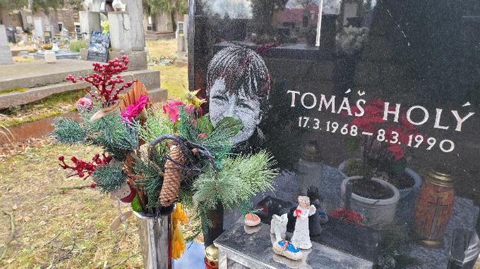Hrob Tomáše Holého