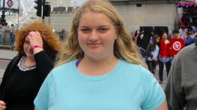 Josephine Desgrandová se ve svých 17 letech rozhodla, že se vedle svých spolužaček nechce cítit velká