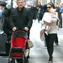 Alec Baldwin s manželkou a dcerkou