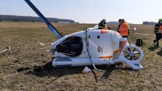 Nedaleko Kladna se zřítil vrtulník
