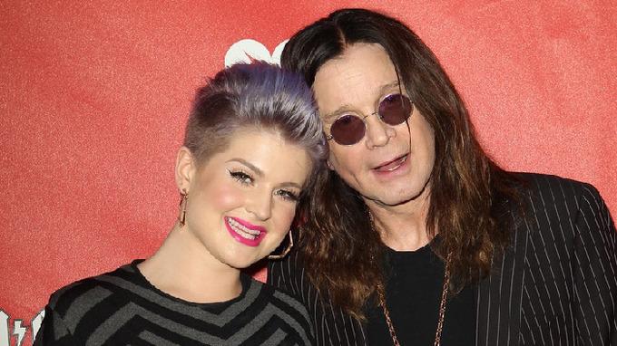 Zpěvák Ozzy Osbourne s dcerou Kelly