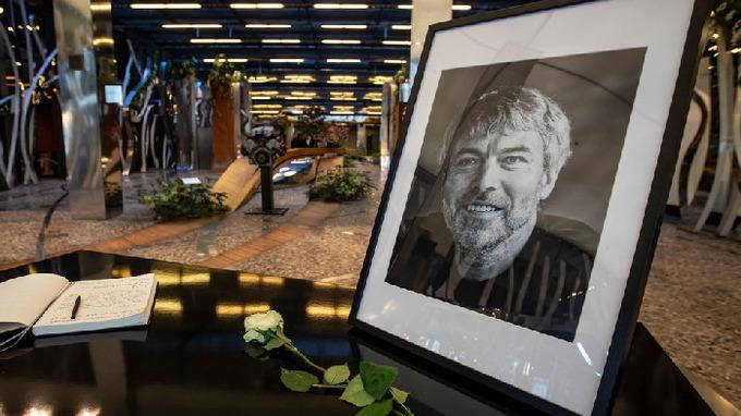 Miliardář Petr Kellner zemřel po pádu vrtulníku
