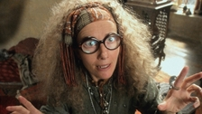 Emma Thompsonová si zahrála učitelku jasnovidectví v Harry Potterovi