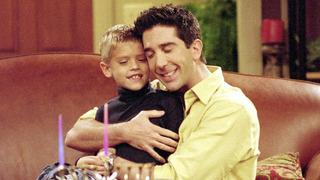 Cole Sprouse v seriálu Přátelé