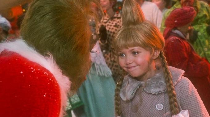Taylor Momsenová si zahrála Cindy ve vánočním filmu Grinch
