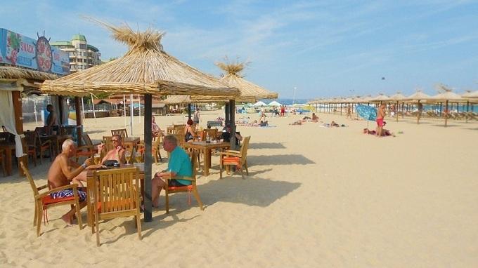 Bulharsko láká na pěkné pláže a dobré jídlo.