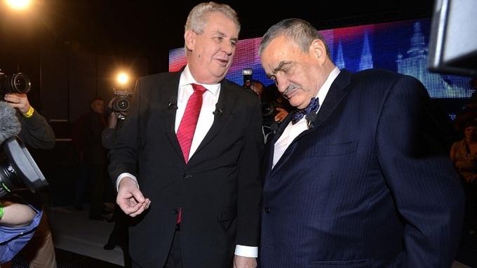 Karel Schwarzenberg a Miloš Zeman v roce 2013