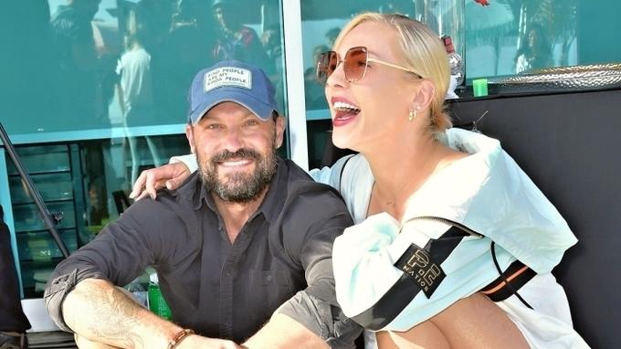 Brian Austin Green s přítelkyni Sharnou Burgessovou