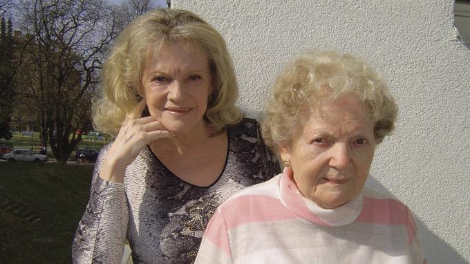 Zpěvačka Eva Pilarová s maminkou Františkou Bojanovskou