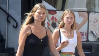 Modelka Kate Mossová a její dcera